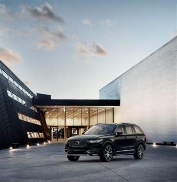 Volvo XC90 a