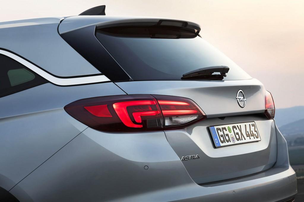 6-Opel-Astra-Sports-Tourer