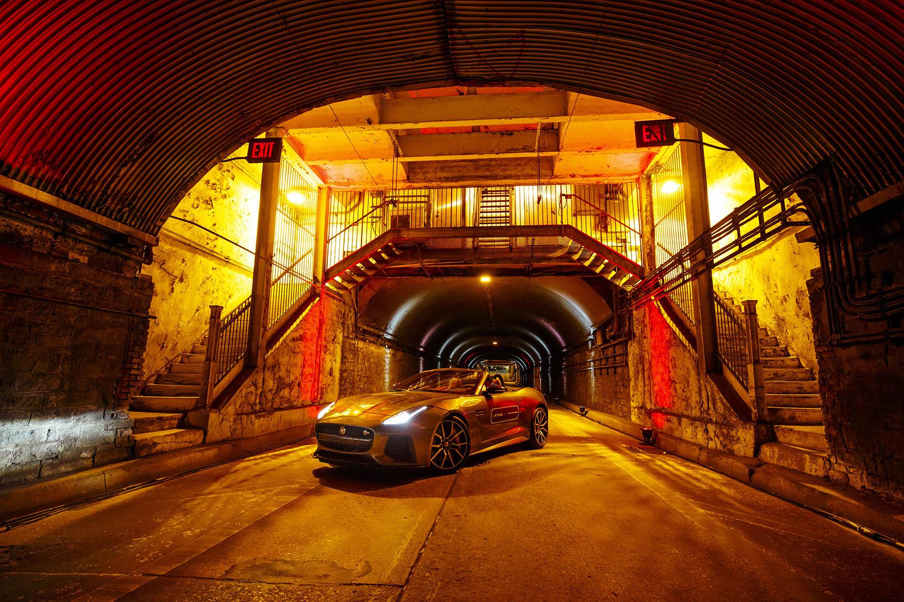 2-Jaguar-F-TYPE-SV-R-Tunnel