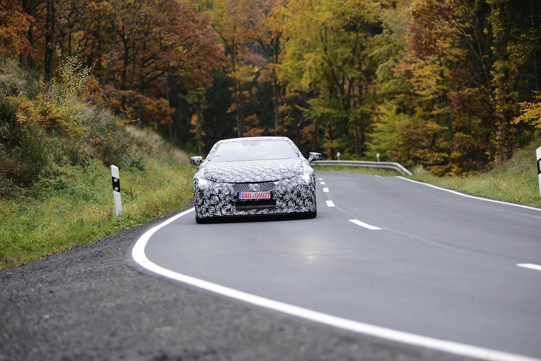 Lexus-LC-Technisch-DNA-Lexus-LFA-supersportscar-vertaald-naar-nieuwe-LC-premium-coupe-3